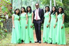 Wedding Bridesmaids, Bridesmaid Dresses, Wedding Dresses, Bff Poses, Gown Party Wear, Fashion Dresses, Women's Fashion, Bridal Portraits, Flower Girls