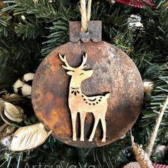Fabric Ornaments, Wooden Ornaments, Handmade Ornaments, Ornaments Ideas, Glitter Ornaments, Rustic Christmas Ornaments, Handmade Christmas Decorations, Christmas Crafts, Christmas Ideas