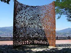 Civil War Memorial by Juanjo Novella, Bilbao Destinations, Excursion, A Level Art, Installation Art, Art Installations, Public Art, Sculpture Art, Garden Sculpture, Science Nature