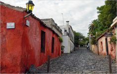 Calle de Los Suspiros, Colonia de Sacramento, Uruguay