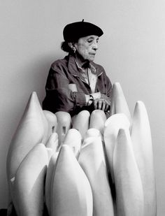 Louise Bourgeois fabulous sculpture - always true to herself = individual!