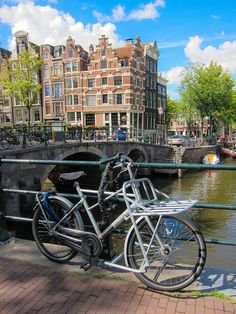 Things to do in Amsterdam. Where to eat, drink, sleep, shop, explore and much more!