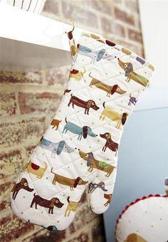 CUTE! Ulster Weavers UK Hot Dog Dachshund Doxie Weiner Oven Mitt Glove Gauntlet | eBay