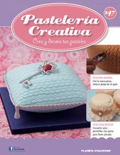 Fascículo 147 de Pastelería Creativa Beautiful Cakes, Cupcake Cakes, Cake Decorating, Coin Purse, Texture, Fabric, Pattern, Drink, Reading