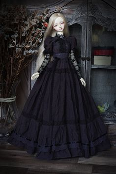 Ancient Tullip OOAK handmade dress set for abjd bjd doll Pretty Dolls, Cute Dolls, Beautiful Dolls, Kpop Outfits, Anime Outfits, Fashion Outfits, Barbie Gowns, Barbie Dress, Gothic Dolls