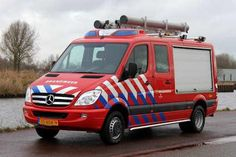 VOERTUIG VAN DE DAG Snel Interventie Voertuig #Vlisco opbouw @ziegler_nieuws meer informatie: http://www.brandweer.org/Vehicle/30082/35-BDK-9-Vlisco-Helmond …