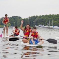 Invata sa navighezi si studiaza limba germana alaturi de cei mai buni! Tabara are loc la Lacul Wolzig in apropiere de Berlin, unde se practica navigatia, surf, catamaran, canoe si alte sporturi. Mara Study Turism lucrează pentru #educatia copilului tău!❤❤Alege tabara potrivita aptitudinilor copilului tau! 👉 www.mara-study.ro ✍ office@mara-study.ro 🤳 0736 913 866 Badminton, Catamaran, Surf, Brandenburg, Surfing, Surfs, Surfs Up, Catamaran Yachts