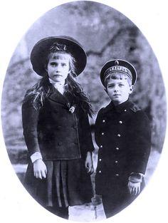 Anastasia and Alexei in Germany, 1910