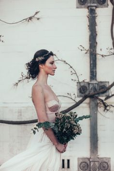 'Calla Lily' bra cup corset by Jessica Turner Designs. Designed for the modern savvy bride. As seen on The Wedding Vault. Makeup and Hair (Styled Shoot Planner) Storme Webster, Storme Makeup Model Eve Ainsbury Venue Danesfield House Photographer Kitty Wheeler Shaw Jewellery and Hair Pieces Beverly Pile, PS With Love Florist Eram Khan, Boom Blooms Cake Kate Roche Lieberman, Dolce Lusso Cakes Stationery Holly Rees, Holly Rees London Tableware Daniela Johnston, Classic Crockery