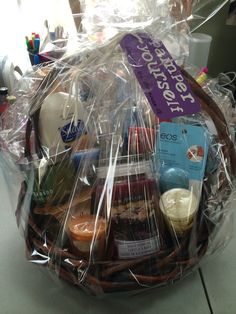 Pamper yourself gift basket. Bf Gifts, Cool Gifts, Unique Gifts, Raffle Baskets, Gift Baskets, Stag And Doe, Pastel, Wedding Gifts, Wedding Stuff