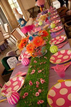 mesa alice colorida
