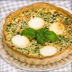 Esta receta de Quiche de brócoli, jamón y queso, queda divina para compartir al centro de la mesa. Los ingredientes son sencillos y siempre sale bien.
