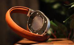 Stylový, luxusní a příjemný bezdrátový zvuk na cesty. Sluchátka Master&Dynamic MW60.  Více na http://www.hifi-voice.com/testy-a-recenze/sluchatka-a-prislusenstvi/2188-master-and-dynamic-mw60.html