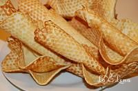 Vafe din copilarie - LaLena.ro Snack Recipes, Snacks, Chips, Ethnic Recipes, Food, Snack Mix Recipes, Appetizer Recipes, Potato Chip, Essen