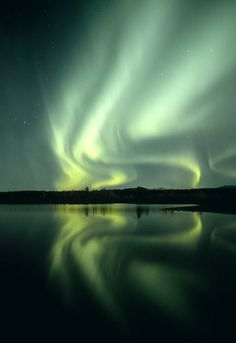 Silk Sheets by Dave Parkhurst - Aurora Borealis - Northern Lights