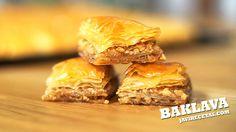 BAKLAVA.  Solo te diré que tienes que probar esta #receta de Baklava. Te enamorarás de ella para siempre!!!
