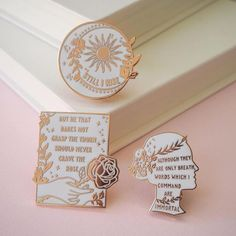 Custom Lapel Pin Brooches Shakespeare English Sentence Banquet Badge Pins Trendy Accessory Jacket T-Shirt Bag Hat Shoe