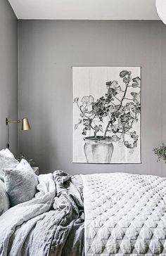 Cozy bedroom in grey - via Coco Lapine Design