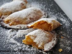 Receta Empanadillas rellenas de manzana Mexican Sweet Breads, Mexican Food Recipes, Sweet Recipes, Apple Desserts, Easy Desserts, Dessert Recipes, Baking Desserts, Middle East Food, Food Fantasy
