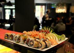 Os prazeres da vida têm de ser partilhados com quem mais gostamos! Fazemos menus grupo, contacte-nos atraves do número 219337401  #food #instafood #japanesefood #foodie #sashimi #japanese #love #yummy #dinner #delicious #sushi #japan #instagood #salmon  #sushilovers #lunch #fish #yum #healthy #foodstagram #restaurant #tuna #friends #foodpics #photooftheday #eat #instadaily #happy #sushinow