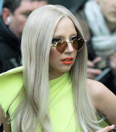 Love her + heart sunnies! Lady Gaga Sunglasses, Heart Shaped Sunglasses, Lady Gaga Pictures, Rose Colored Glasses, Cute Glasses, Fashion Beauty, Fashion Tips, Fashion Design, White Girls