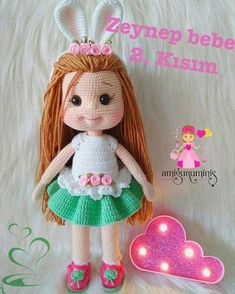 Image may contain: 1 person, text Crochet Doll Clothes, Knitted Dolls, Crochet Dolls, Amigurumi Toys, Crochet Patterns Amigurumi, Cute Crochet, Diy Toys, Stuffed Toys Patterns, Handmade Toys