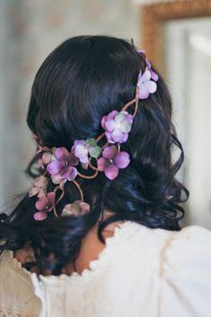 Perfect vintage wedding hair Elliston Vineyards, Sunol, CA. Wedding Looks, Dream Wedding, Wedding Day, Wedding Dress, Wedding Stuff, Vintage Wedding Hair, Vintage Weddings, Wedding Rustic, Rustic Wedding Hairstyles