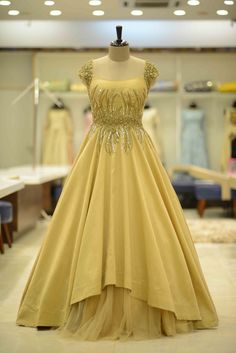 Indian Wedding Gowns, Indian Gowns Dresses, Indian Fashion Dresses, Gala Dresses, Party Dresses, Evening Gowns Online, Evening Dresses, Buy Gowns Online, Stylish Dress Designs