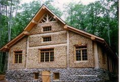 Cordwood Homes Building and Construction Natural Building, Green Building, Building A House, Building Exterior, Earthship, Casas Cordwood, Cordwood Homes, Plans Architecture, Pavilion Architecture