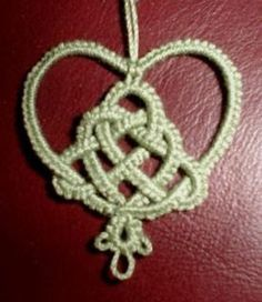 Copyright 2006 Ruth Perry Instructions: Ring (3 - 2 - 2 - 3) turn Chain (60 - 60) Weave the Celtic Knot Tie the threads ends together ...