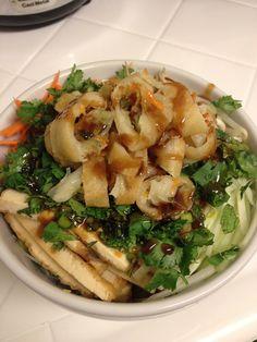 366 Meals We Made: Vietnamese Noodle Bowl Great Vegan Recipes, Vegan Dinner Recipes, Gf Recipes, Vegetarian Recipes, Vietnamese Noodle, Vietnamese Cuisine, Vietnamese Recipes, Healthy Menu, Noodle Bowls