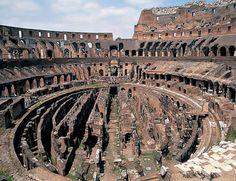 Coliseo, nombre derivado del italiano colosseo por el que popularmente se conoce al anfiteatro Flavio, comenzado en Roma por orden del emperador Vespasiano entre los años 69 y 79 d.C. De planta oval, con unas medidas aproximadas de 188 por 156 metros y una altura total de 48 metros, se trata de una de las obras conservadas más importantes de la antigüedad clásica, prueba de la perfección técnica de los constructores romanos. Construido sobre el antiguo lago de la Domus Aurea de Nerón
