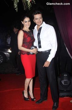 Riteish Deshmukh with wife Genelia DSouza at Sridevi 50th Birthday Bash