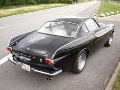 The Volvo P1800 from the rear. Love those lines: Volvo P1800, Motorcars Volvo