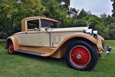 1928 Packard Series 443 Dietrich Coupe