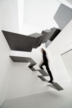 Loft Stairs    http://www.architonic.com/de/aisht/office-loft-f27-schlosserundpartner/5100215