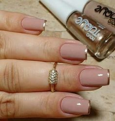 Perhaps you have discovered your nails lack of some fashionable nail art? Yes, lately, many girls personalize their nails with lovely … Nude Nails, Gel Nails, Acrylic Nails, Nail Polish, Toenails, Coffin Nails, Elegant Nails, Stylish Nails, Trendy Nails