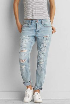 Tom girl Jean light wash super distressed/ripped