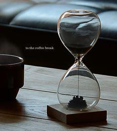 キッカーランドのマグネティックアワーグラス砂時計