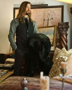 Tom Payne with long hair is my weakness Walking Dead Actors, Fear The Walking Dead, Paul Monroe, Paul Rovia, Thomas Payne, Tom Tom Club, Abraham Ford, Matthew Lewis, Michael Sheen