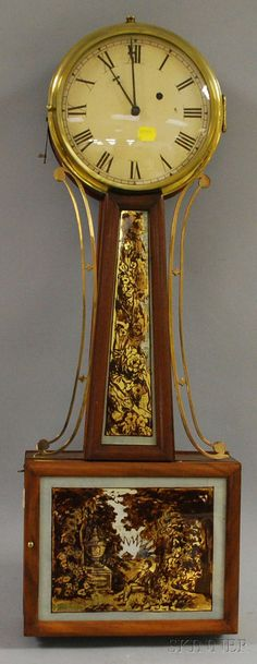 MAHOGANY BANJO CLOCK, NEW ENGLAND, C. 1825, PAINTED IRON DIAL WITH ROMAN NUMERALS, REVERSE-PAINTED GLASSES IN HALF-ROUND MOLDED FRAME