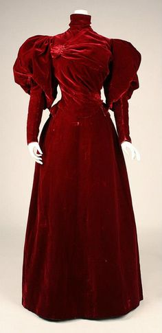Red Velvet Dress by the House Worth (Front)