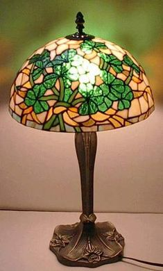 Shamrock Tiffany Lamp