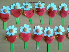 Nápady Woman Accessories accessories every woman should have by age 30 Kids Crafts, Valentine Crafts For Kids, Valentines Art, Mothers Day Crafts, Preschool Crafts, Diy And Crafts, Arts And Crafts, Paper Crafts, Popsicle Stick Crafts