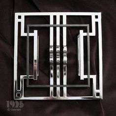 ART DECO FURNITURE HANDLE polished stainless steel dimensions :  215x215x47 mm code : AK0100-01 producer: 1925