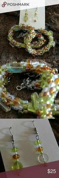 "Necklace/Earring Set Green/Tan/Clear glass crocheted bead necklace 14 1/2-18"", 2"" earrings on fishhook metal posts Jewelry"