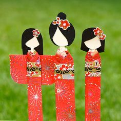 """A little tutorial on how to make 6 lovely little dollies out of little more than 3 pieces of our 5x7"""" washi papers."""