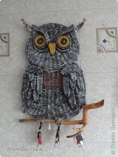 Поделка изделие Плетение Филин-ключник и сундучки Бумага газетная Трубочки бумажные фото 1