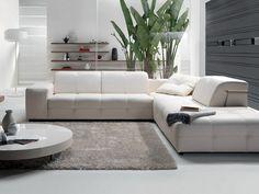 Natuzzi leather sectional sofa - Modern White