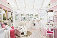 แบบห้องครัวสีชมพู